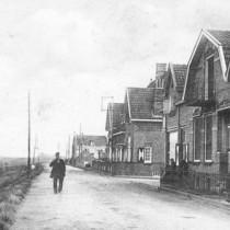 Pieter Heijstek, op de Sasdijk te Werkendam, in het jaar 1916.